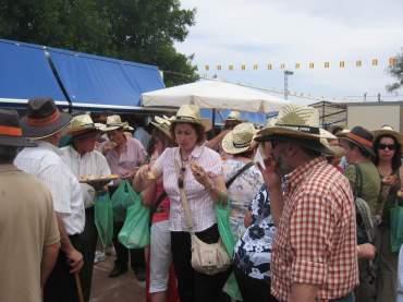 Los gallegos eran facilmente identificables por su sombrero de paja rubia
