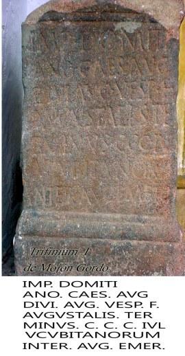 Trifinium 1 con inscripción