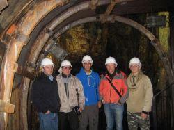 """Equipo de geólogos rusos visitando la mina Costanaza. (FOTO: grupo facebook """"Minas de Logrosán"""")"""