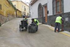 MUJERES TRABAJADORES OPERARIOS LIMPIEZA DE CALLES DEL AYUNTAMIENTO (7)