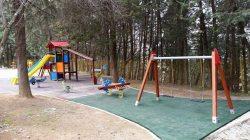 parque infantil cañamero 01