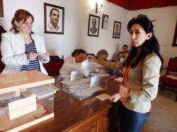 Ángela Ciudadanos votando 2015